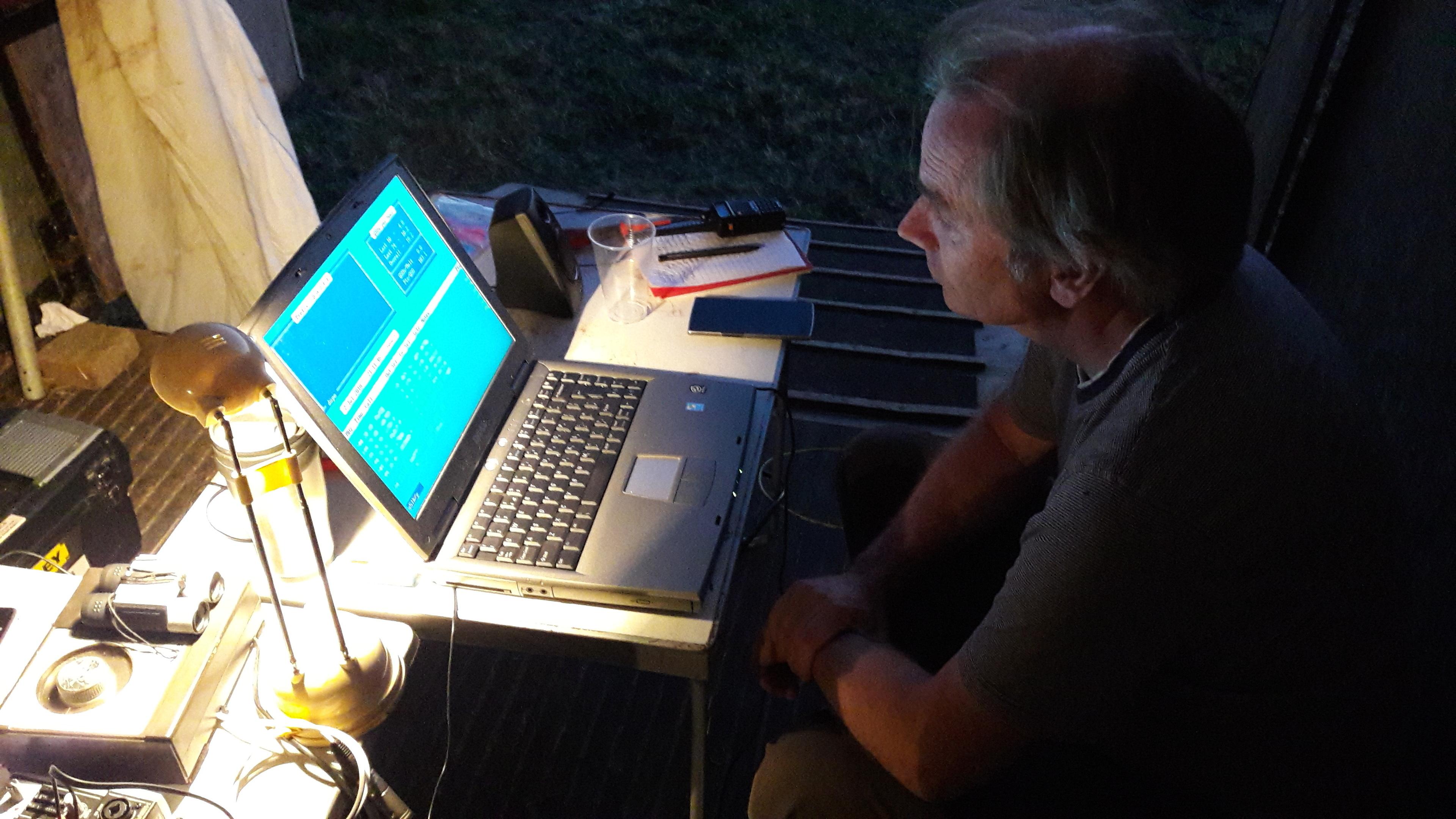 Nightshift, Andy G7KNA logging