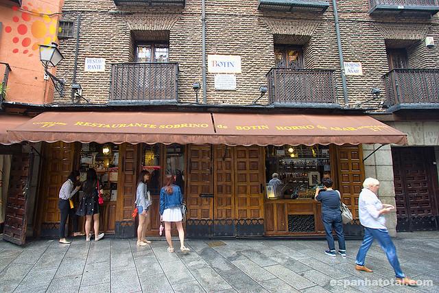 os melhores restaurantes de comidas típicas em Madri: restaurante Botín