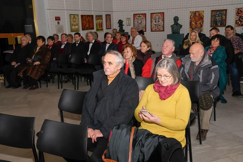 Manajló-Prihogykó Viktória kiállítása