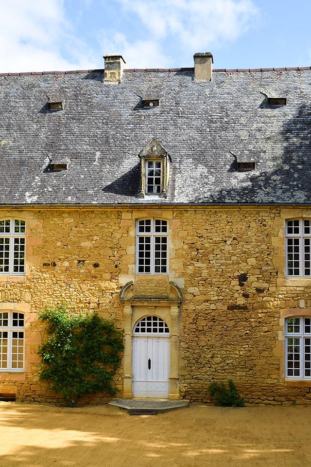 Manoir at the Jardins de Eyrugnac #gardens #eyrugnac #dordogne #france #travel