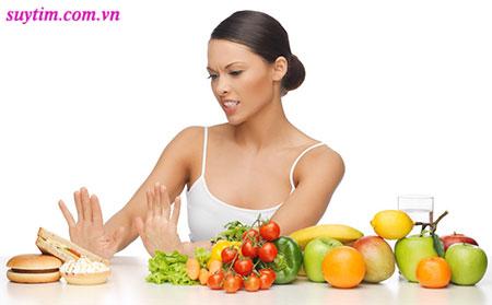 Chế độ ăn uống lành mạnh giúp ngăn ngừa xơ vữa mạch vành tiến triển và phòng nhồi máu cơ tim