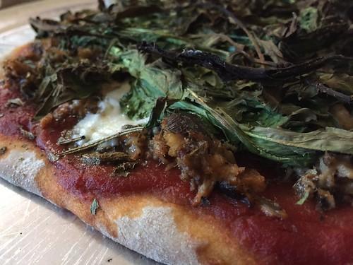 Sardine Arugula Pizza