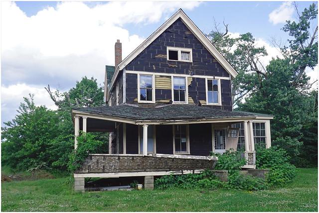 Whitesville Road House