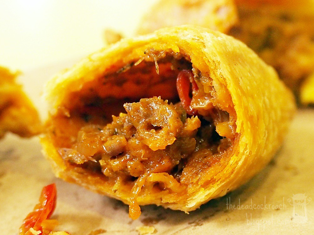 curry puff, food, food review, novena church, review, rolina, rolina curry puff, singapore, tanjong pagar, tanjong pagar plaza market and food centre, uncle tham