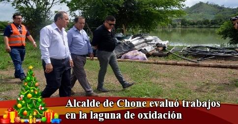 Alcalde de Chone evaluó trabajos en la laguna de oxidación