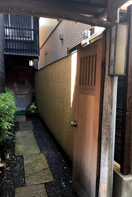 夏の佳景(神戸・元町)