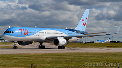 TUI Airways Boeing 757-28A G-OOBC