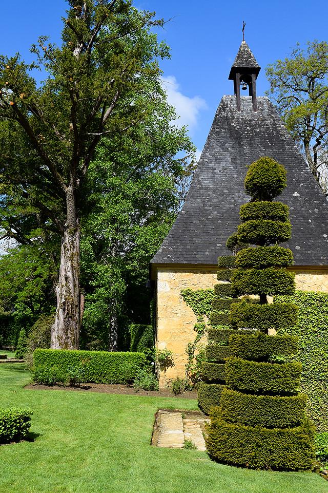 Famous Topiary Gardens at the Jardins de Eyrugnac #gardens #eyrugnac #dordogne #france #travel