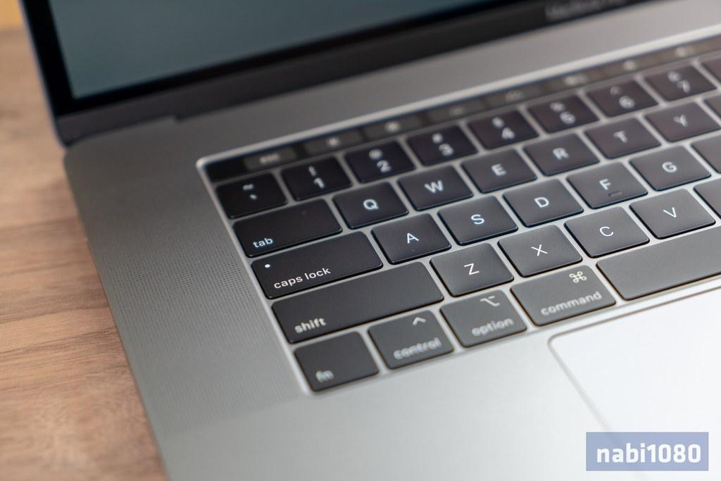 15インチ MacBook Pro 201813