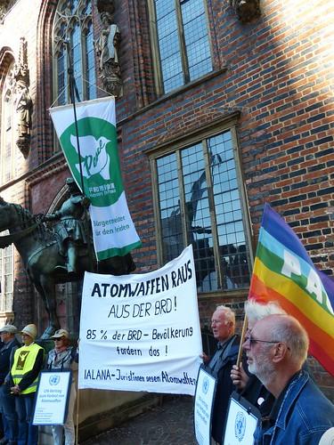 Flaggentag der Bürgermeister für den Frieden in Bremen, Foto: Ekkehard Lentz