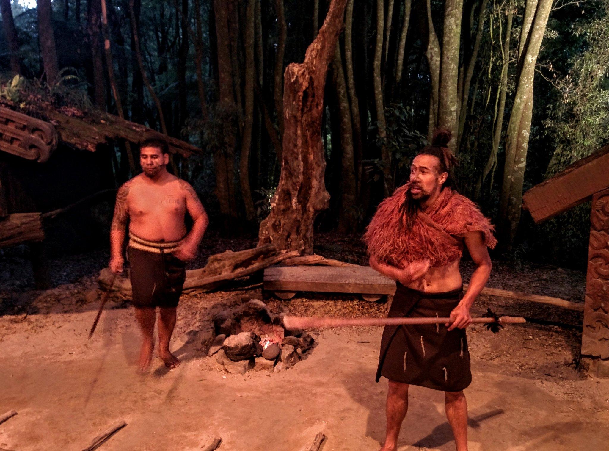 Maori teaching Hakka