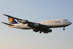 D-ABYM | Boeing 747-830 | Lufthansa Bayern (special 5 Starhansa titles