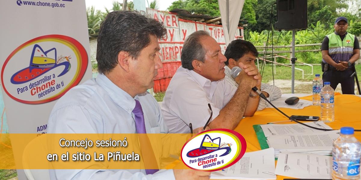 Concejo sesionó en el sitio La Piñuela