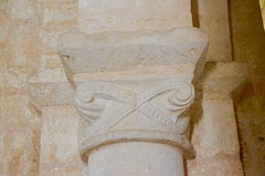 Brux (Vienne), St-Martin - sculpture romane - Photo of Blanzay