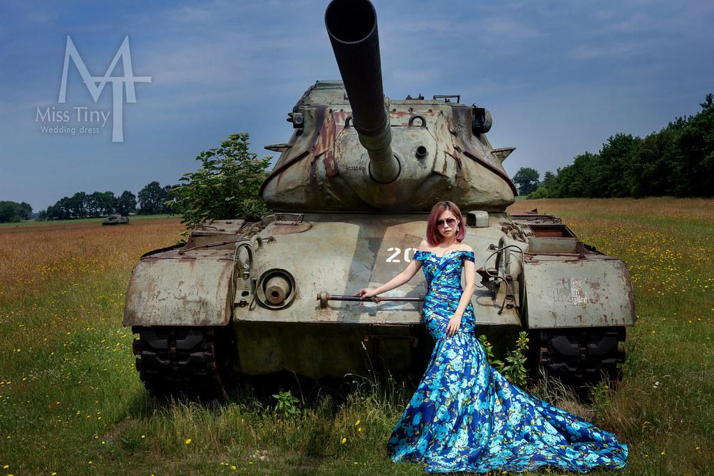 """""""戰車婚紗,藍色禮服,墨鏡婚紗,印花婚紗"""""""