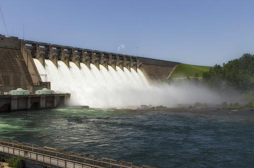 Fully Open Hartwell Dam