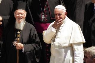 Papa Francesco front