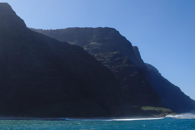 Waves, Nā Pali Coast