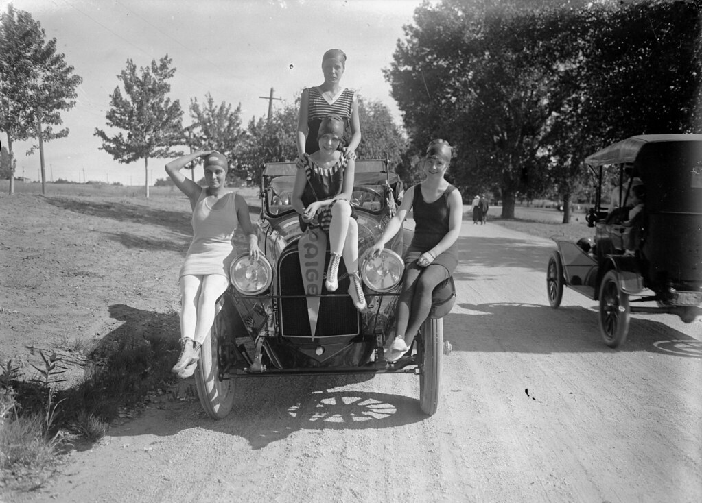 "Paige-Detroit automobile with ""Bathing Beauties"" in Denver, Colorado, 1916."