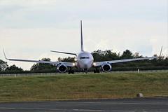 G-DRTD JET2 BOEING 737 NEWCASTLE AIRPORT