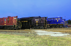 NS Heritage Locomotives Family Photographs 8103 Night 22 作者 Joseph C. Hinson Photography