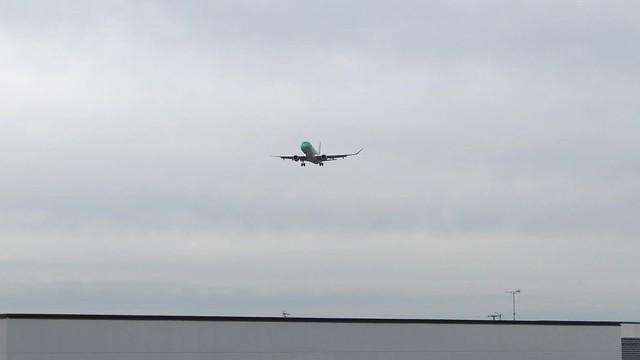 FDA ERJ-175 JA08FJ 着陸動画 IMG_0549