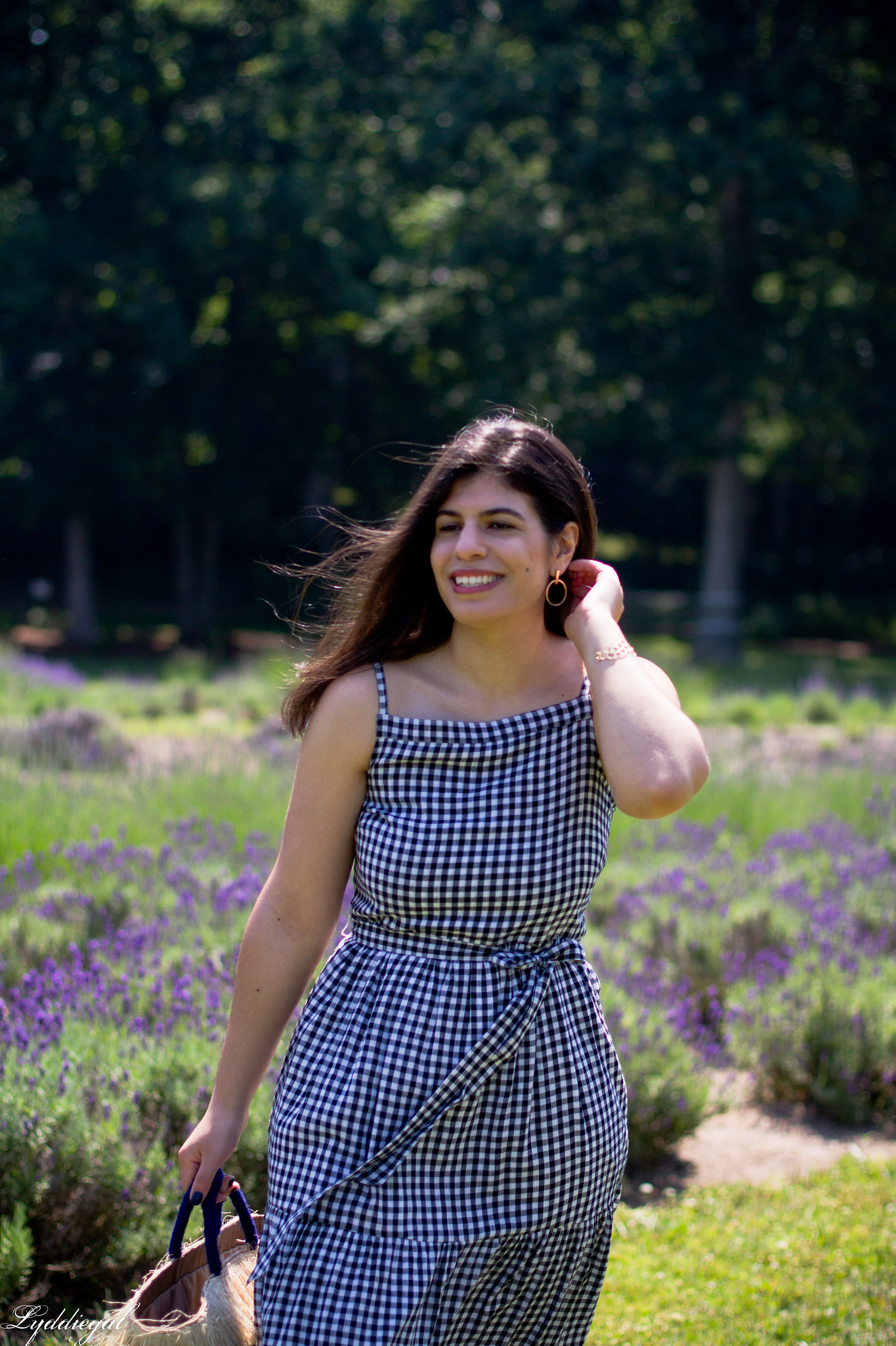 gingham maxi dress, pinata tote bag, lavender field-9.jpg