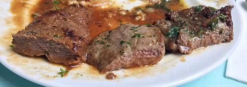 Canguru, ostrich & beef steal - Lateral cut / Känguru-, Strauß- und Rindersteak - Querschnitt