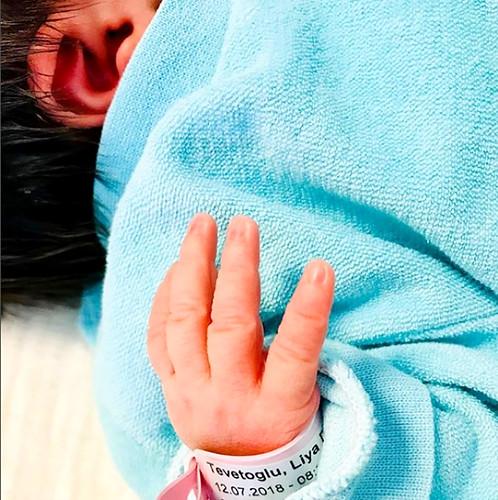 Tarkan kızı Liya İle ilk görüntüsünü paylaştı