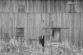 Détail sur une vieille grange à Ile-verte.