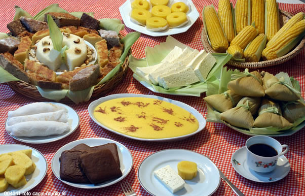 Alimentos produzidos à base de milho, macaxeira, amendoim e especiarias valorizam tradição e a variedade da culinária junina - Créditos: Reprodução