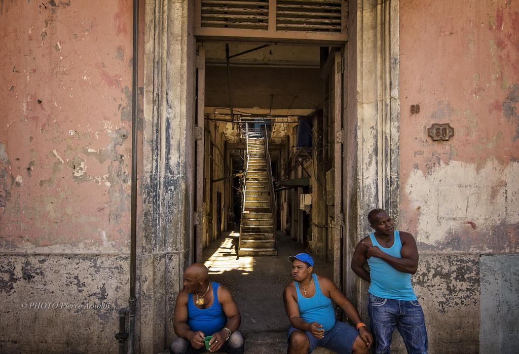 LA HAVANE : LESCALIER