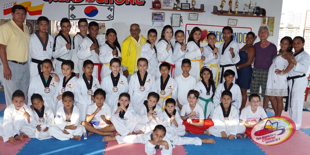 10 Taekwondosistas chonenses en la selección de Manabí