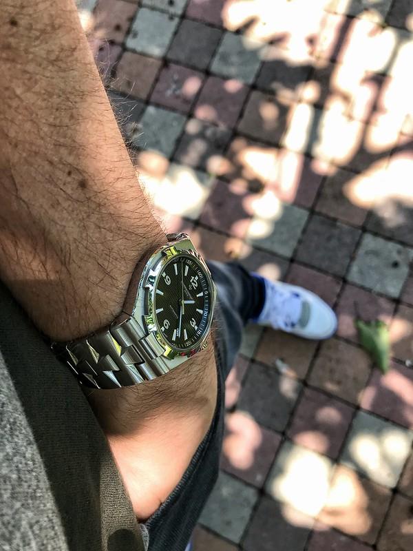Le wrist-pocket-shoe wear topic multi-marques [tome IV] - Page 3 28130048227_62d1930d3e_c