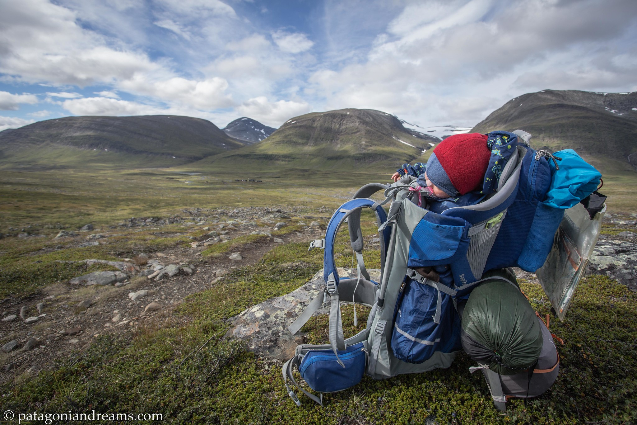 How to pack a 10 month old baby, a tent, diapers and food for 5 days in a backpack. Swedish Lapland.