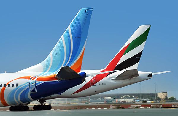 Emirates y flydubai (Emirates)