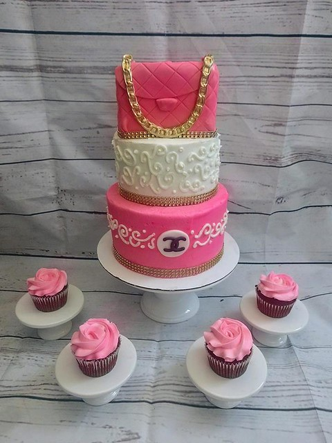 Cake by Miss Cake Bakes