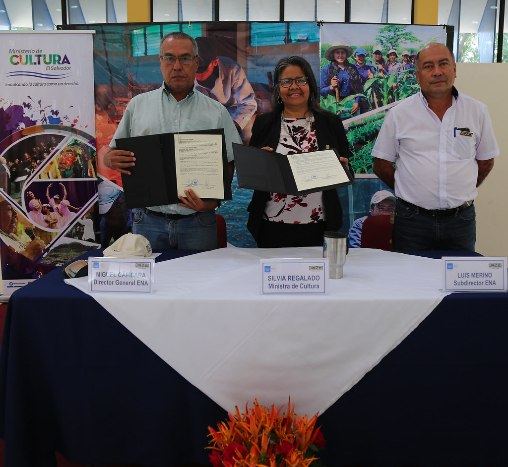 Firma convenio ENA_04