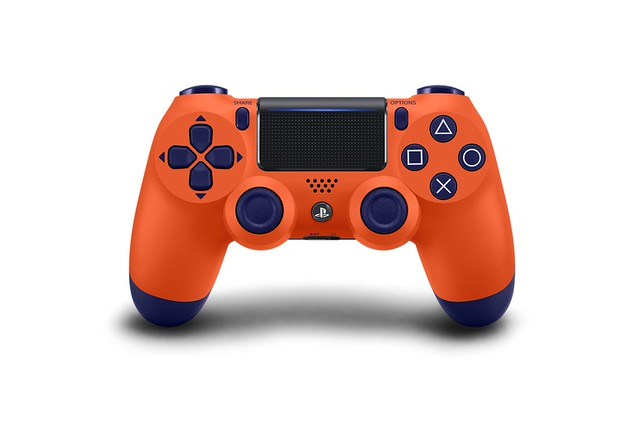 DualShock 4 (Sunset Orange)