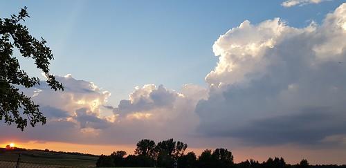 Schöne Wolken. Fehlt nur noch Regen