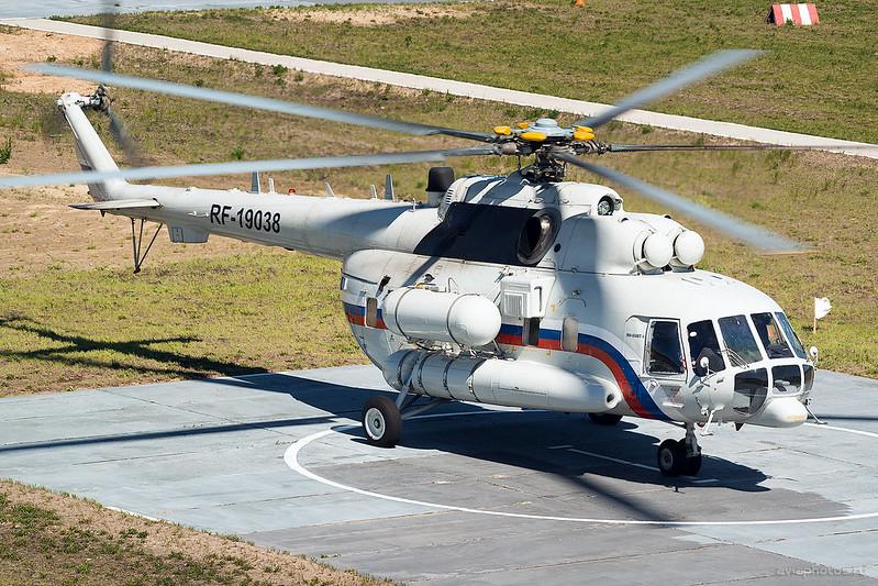 Mil_Mi-8AMT-1_RF-19038_Russia-Airforce_893_D809404