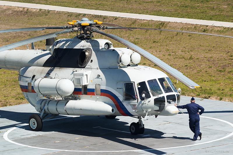 Mil_Mi-8AMT-1_RF-19038_Russia-Airforce_862_D809373
