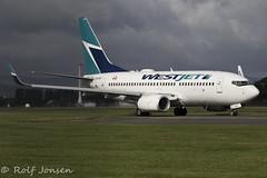 C-GUWJ Boeing 737-700 Westjet Glasgow airport EGPF 16.08-18