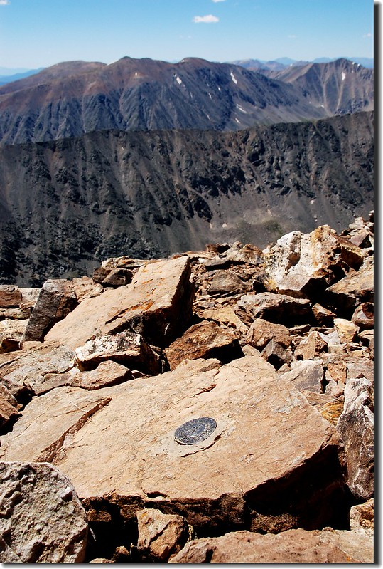Benchmark on the summit of Quandary Peak (4)