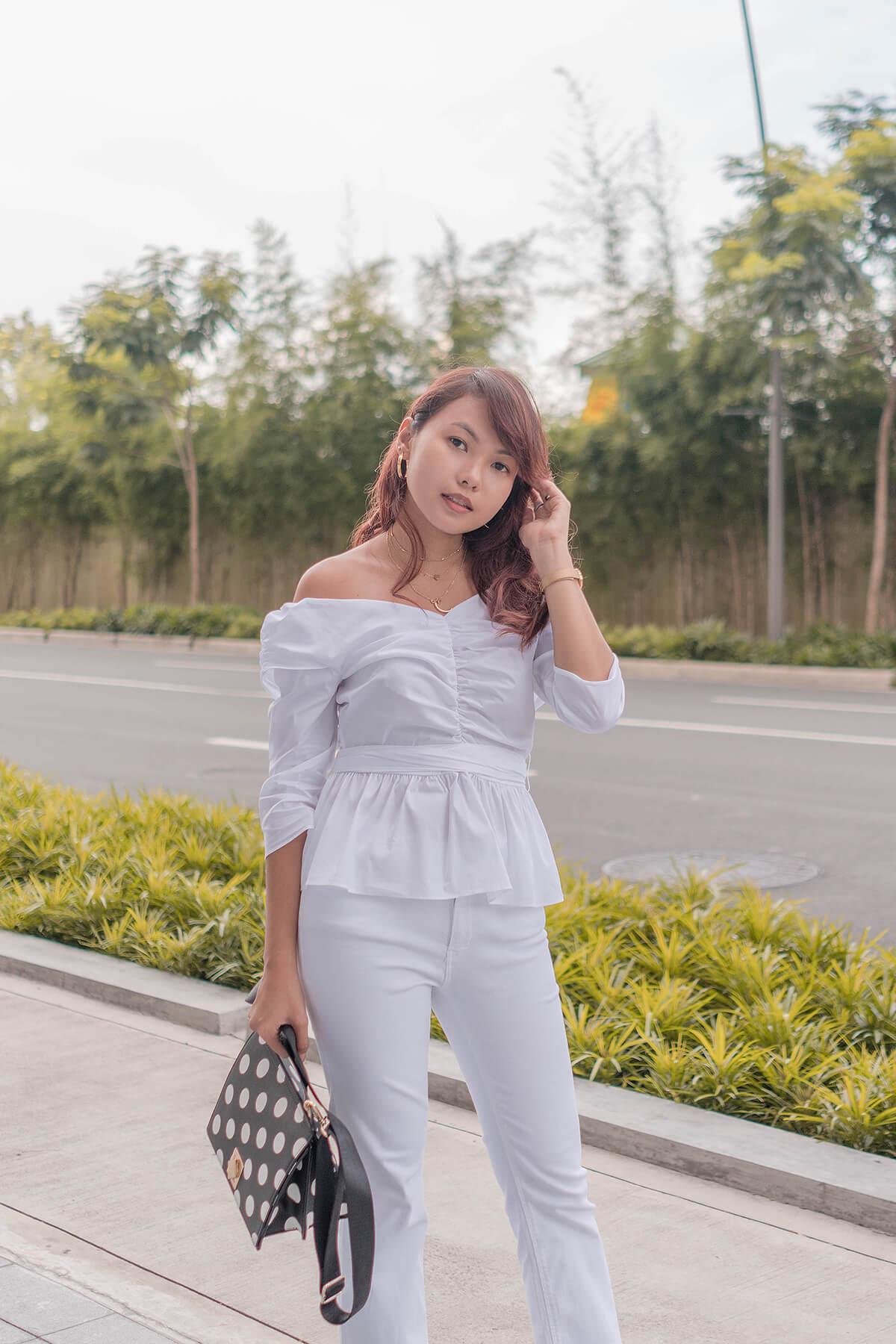 Trice Nagusara Monochrome Outfit White