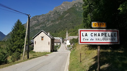 D117 La Chapelle-1 | by European Roads