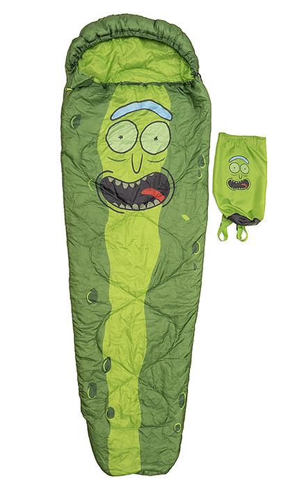 化身為史上最強醃黃瓜露營去!! ThinkGeek《瑞克和莫蒂》醃黃瓜瑞克睡袋 Pickle Rick Sleeping Bag
