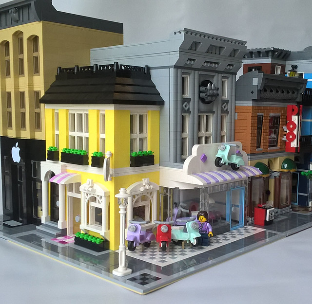 Lego Scooter Shoppe and Cookie Store