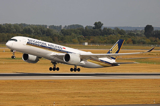 9V-SML Airbus A350-900 Singapore Airlines DUS 2018-07-31 (9a)