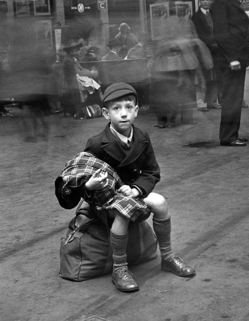 1950. Лондонский школьник в форме